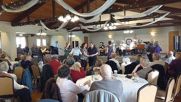 Clintonville Woman's Club with Ragtime Rick